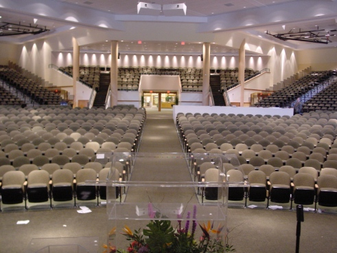 besides Places Of Worship as well Lunes De Decoracion El Recibidor O Foyer together with Portfolio 2 also 449867450258991366. on small church lobby design